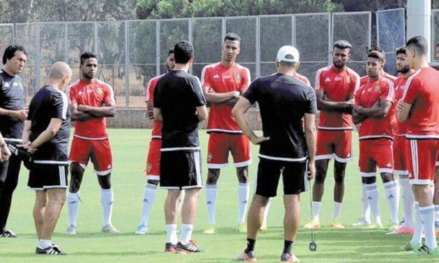 Maroc-Algérie : voici les 24 joueurs convoqués par Houcine Ammouta