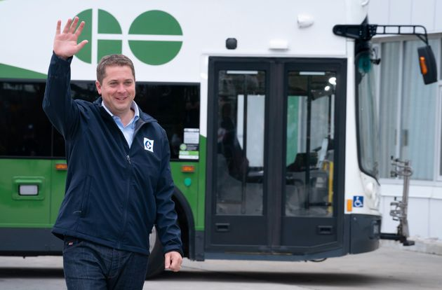 Conservative Leader Andrew Scheer steps off a public transit bus in Mississauga , Ont. on Sept. 13,