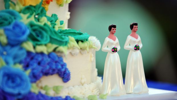 A wedding cake with statuettes of two women is seen during the demonstration in West Hollywood, California, May 15, 2008, after the decision by the California Supreme Court to effectively greenlight same-sex marriage. AFP PHOTO / GABRIEL BOUYS (Photo credit should read GABRIEL BOUYS/AFP/Getty Images)