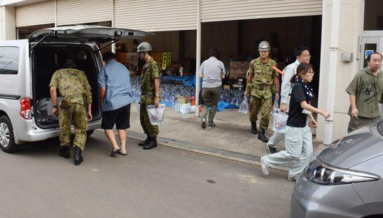 3連休、千葉県で災害ボランティア続々始まる。「今はほぼ県内在住者のみ。遠方の方はご遠慮を」