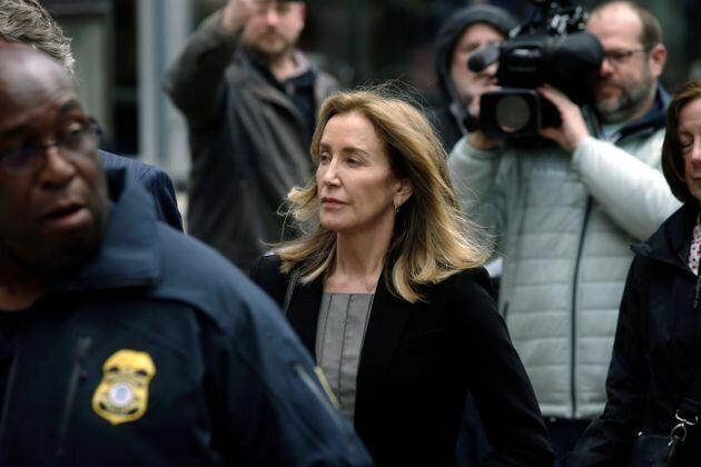 Felicity Huffman condamnée à 14 jours de prison