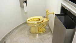 Il water d'oro di Maurizio Cattelan è stato rubato dal Blenheim