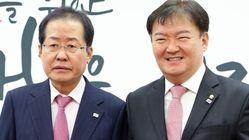홍준표와 민경욱이 페이스북에서 설전을 벌이고