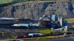 Alberta Strikes $1.36 Billion Deal To Phase Out