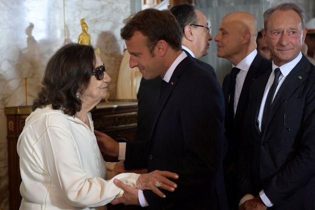 Chadlia Caïb Essebsi avec Emmanuel Macron lors des funérailles de son mari, l'ancien président...