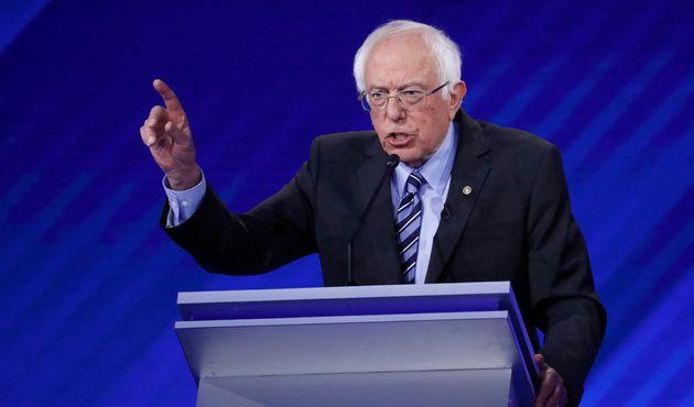 Bernie Sanders lors du dernier débat entre les candidats à l'investiture démocrate,...