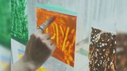 Mess-Free Finger Painting Is A Serious Game
