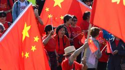 Feds Approved Fence That Hid Protests From Chinese