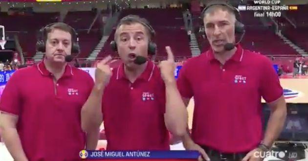 José Antonio Luque hace gestos a la