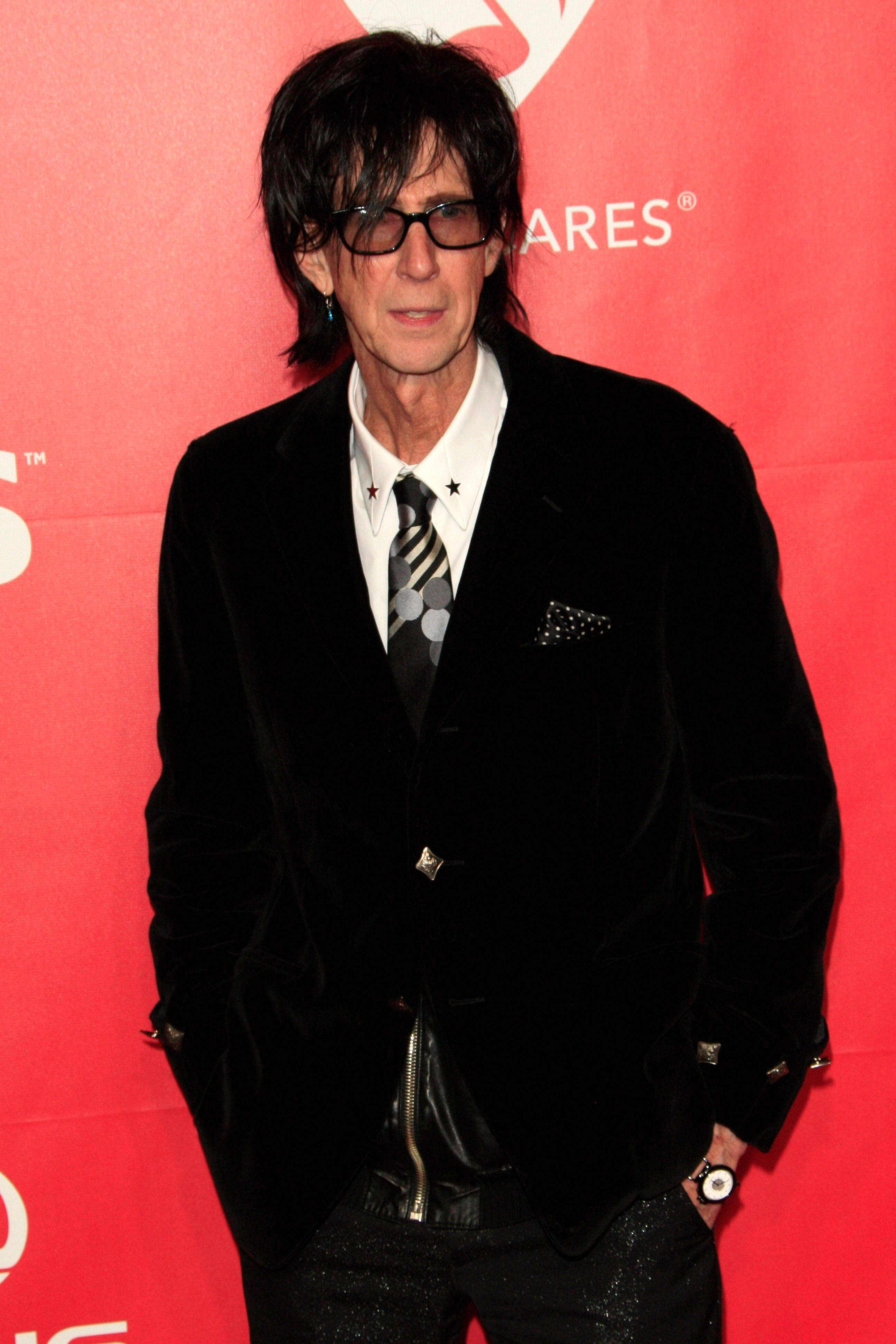 Ric Ocasek, Frontman For Hitmakers The Cars, Dies