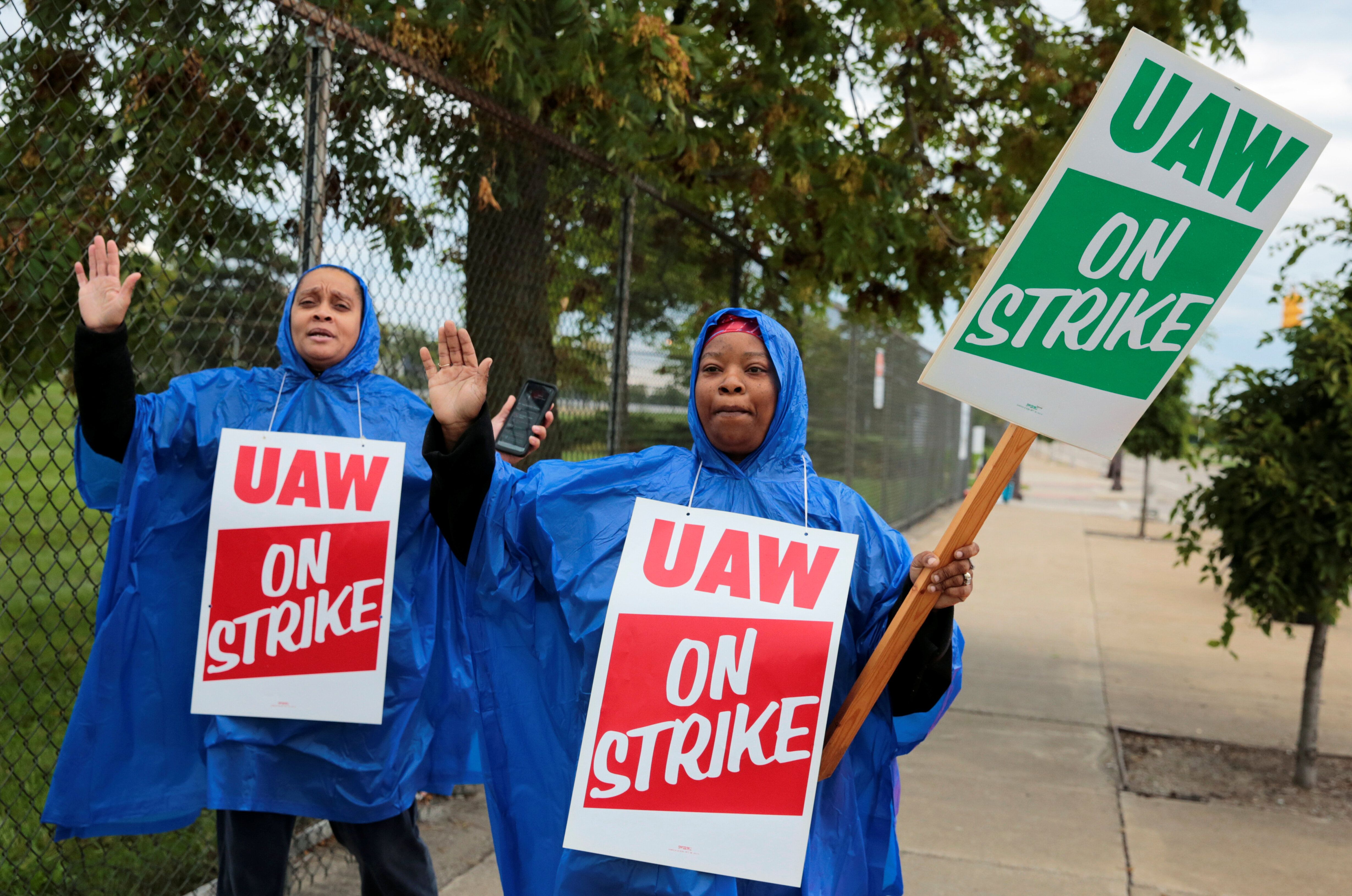 Auto Workers Launch Major Strike At 55 GM Facilities