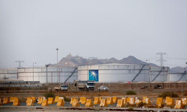 Τραμπ: Έρχονται αντίποινα από τις ΗΠΑ για τις επιθέσεις στις σαουδαραβικές πετρελαϊκές