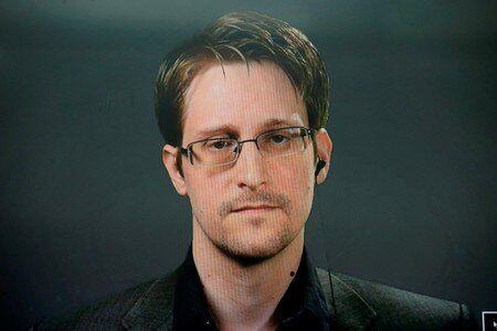 De 2007 à 2009, Edward Snowden était chargé de la mise en réseau de tous...