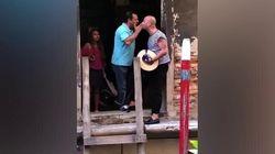 Il gondoliere non permette il selfie sulla gondola, il turista lo prende a testate