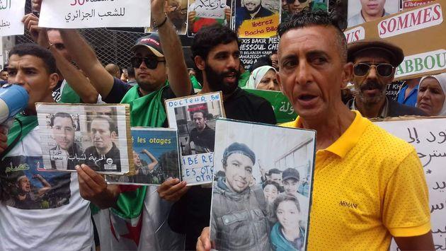 Rassemblement au tribunal Sidi M'Hamed en solidarité avec les détenus