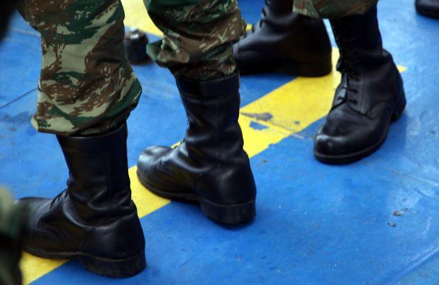 Γεραπετρίτης: Δεν αυξάνεται η στρατιωτική