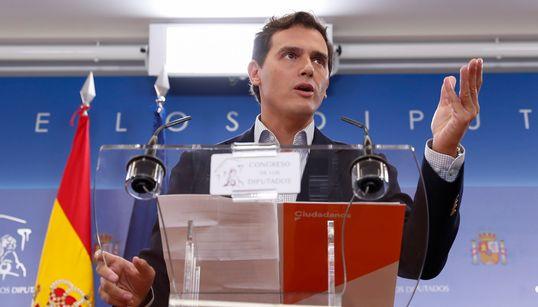 Rivera propone al PP abstenerse poniendo condiciones a