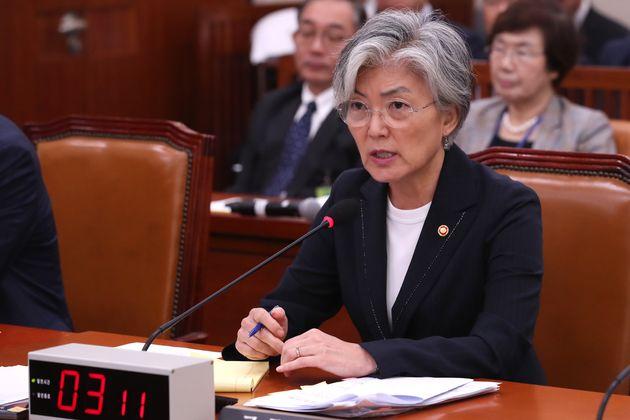 """강경화가 김현종과 다퉜냐는 질문에 """"부인 않겠다""""고 답했다"""