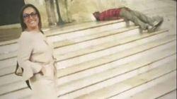 Consigliera leghista di Ostuni in posa sorridente vicino al ragazzo di colore. La foto indigna
