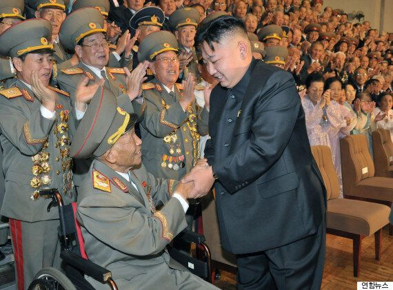 북한 김정은, 리을설 빈소 찾아
