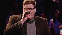 이 남자가 '보이스'에서 아델의 노래를 불렀다.