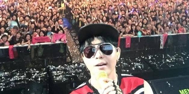 '국정화 반대 콘서트'를 비난하는 트위터 유저에게 보내는 이승환의