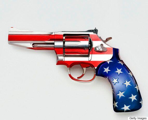 미국인 63%는 총기사고가 '정신질환' 때문이라고