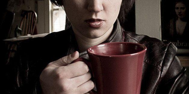쓴 커피를 마시는 사람이 사이코패스 성향이