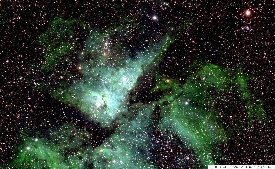 우주를 찍은 역사상 가장 큰 사진이 공개됐다. 너무 커서 한 번에 볼 수도