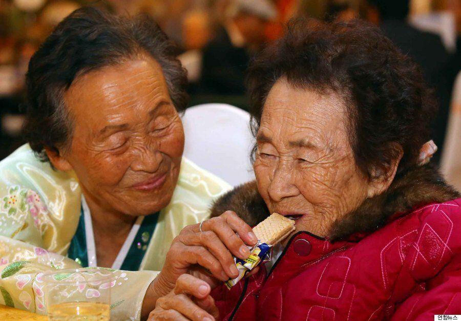 [이산가족 상봉] 60여년 만의 점심식사 :