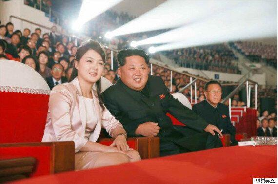 김정은의 얼굴에 웃음꽃이