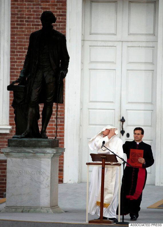 바람, 교황, 그리고 교황을 사랑한