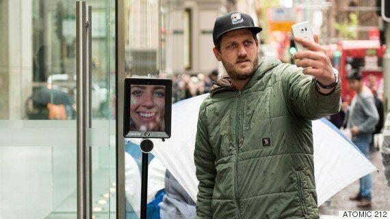 법적 관점에서 본 '텔레-프레즌스' | '아이폰을 사기 위해 줄을 선 아이패드 로봇'에