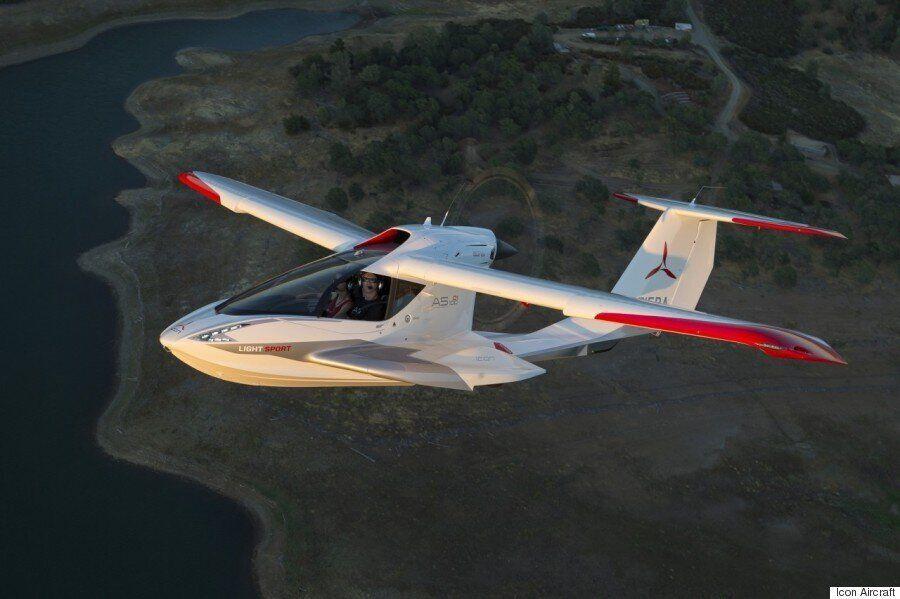 차원이 다른 짜릿함 : 집 차고에 세워둘 수 있는 자가용 비행기! (화보,