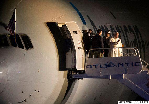 교황 태운 미국 전세기 승무원들이 전하는 '인생 최고의