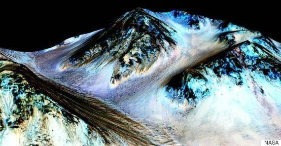 화성에서 소금물을 발견한 25세 대학원생,