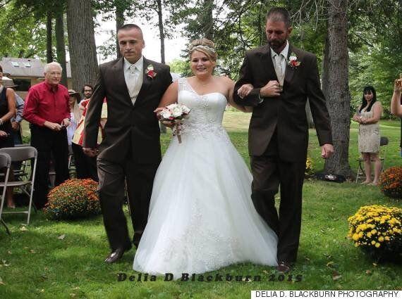 양아버지를 위해 딸의 결혼식을 잠시 멈춘