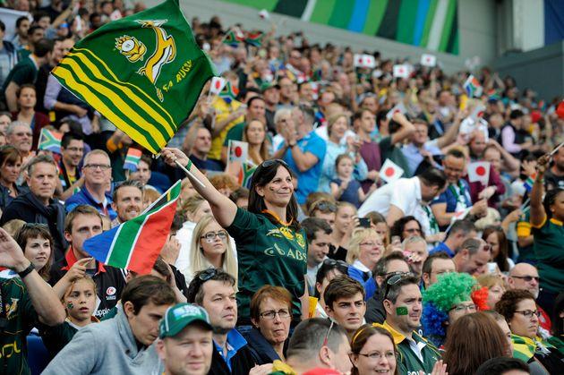2015年のラグビーW杯で応援する外国人