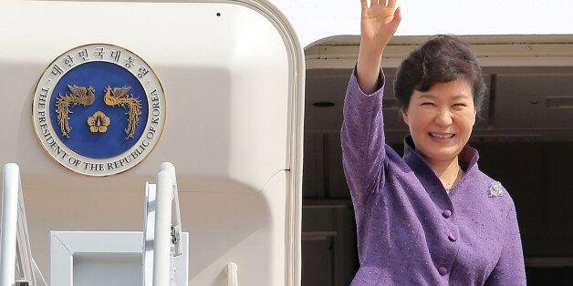 박 대통령 지지율 50% 안팎