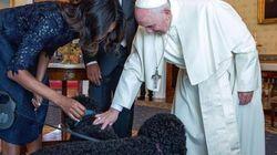 오바마의 애완견과 만난 프란치스코