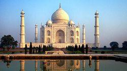 인도 타지마할서 일본인 관광객이 추락해