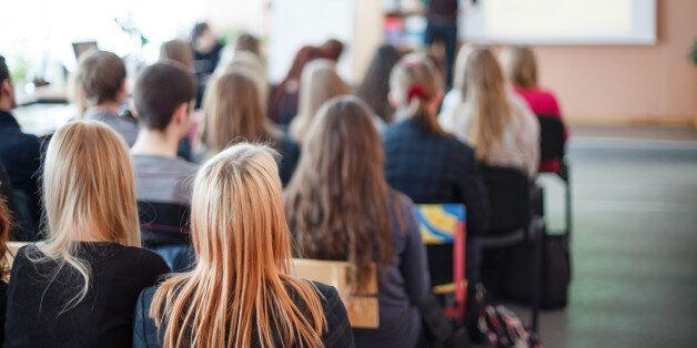 미국 여대생의 23%는 캠퍼스에서 성폭력을 당한 경험이