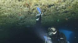 다이빙 명소로 꼽히는 장엄한 '블루홀'에서도 꽤나 많은 '플라스틱 쓰레기'가