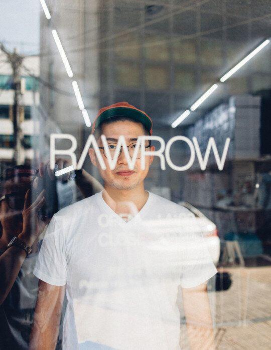 [인터뷰] 패션브랜드 'RAWROW'의 이의현 대표,