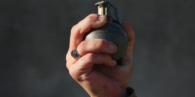 수류탄 갖고 달아났던 퇴역 군인