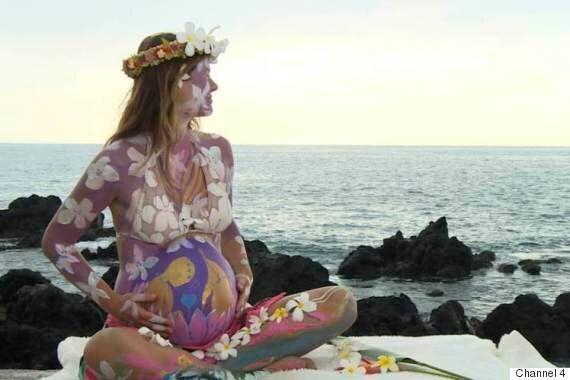 하와이 여성은 정말 돌고래와 함께 분만하려