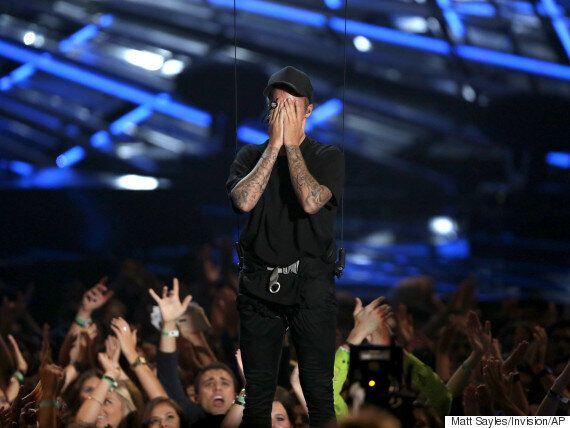 저스틴 비버, 5년만에 선 VMA 무대에서