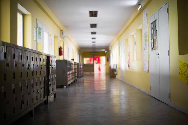 Si torna a scuola, ma in Sicilia gli studenti non ci sono