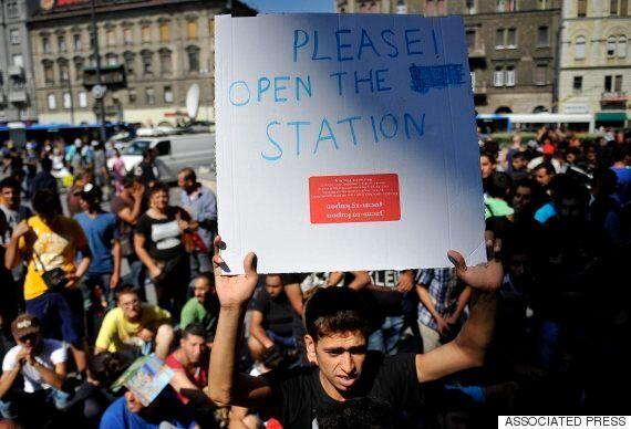 헝가리, 서유럽행 열차 운행 중단 : 난민 통제