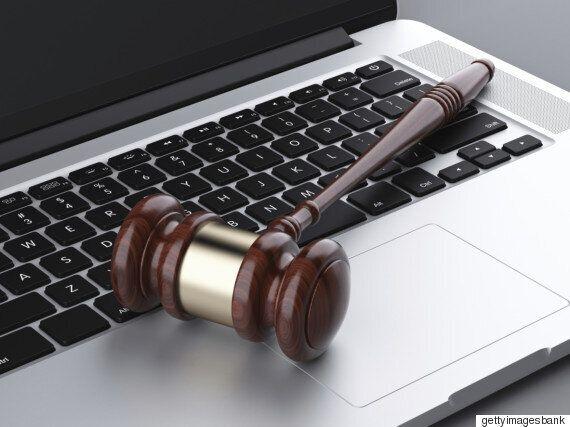 법원은 파렴치한 '몰카범'들에게 한없이 너그럽다(판결